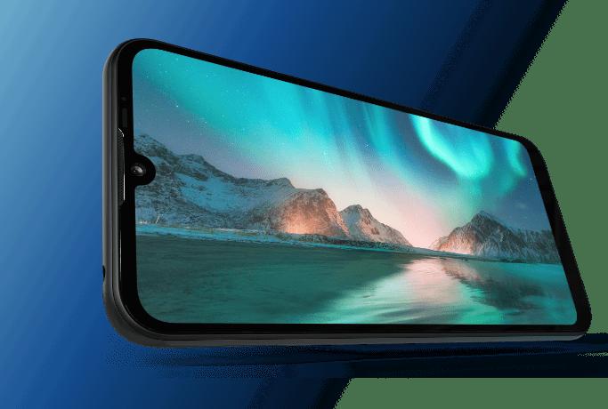 """imagem mostrando a tela Max Vision de 6,1"""" HD+ do Smartphone Moto E6i Octa Core 32 GB"""